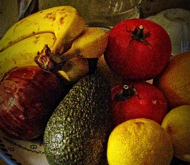 Guacamole and Fruit 271