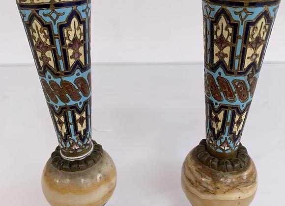 Paire de vases en marbre et cloisonnée (2)