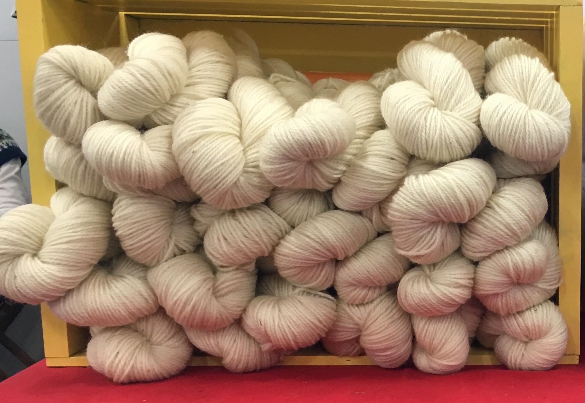 3-Ply Worsted Yarn - White