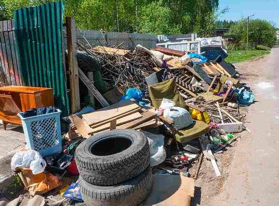 las vegas residential junk removal3.jpg