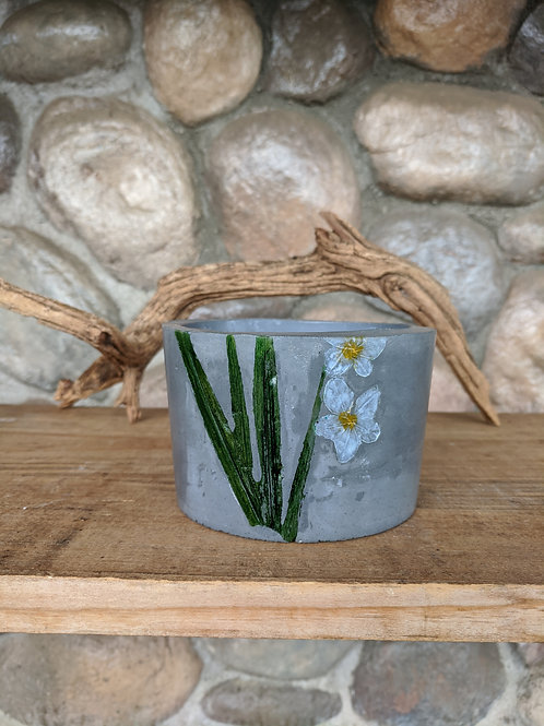 (#52) Botanical Pot - White Flowers (fat pot)