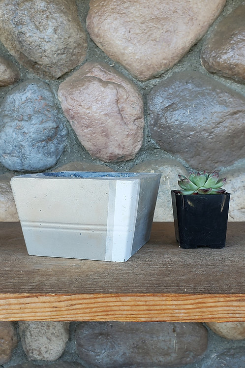 (#3128) Silver & White Marbled Square Pot