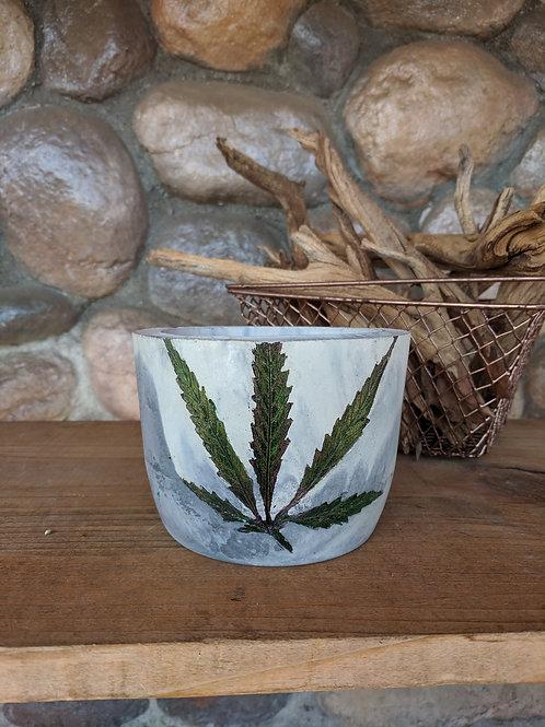 Sativa Leaf PotPot - Medium Cylinder