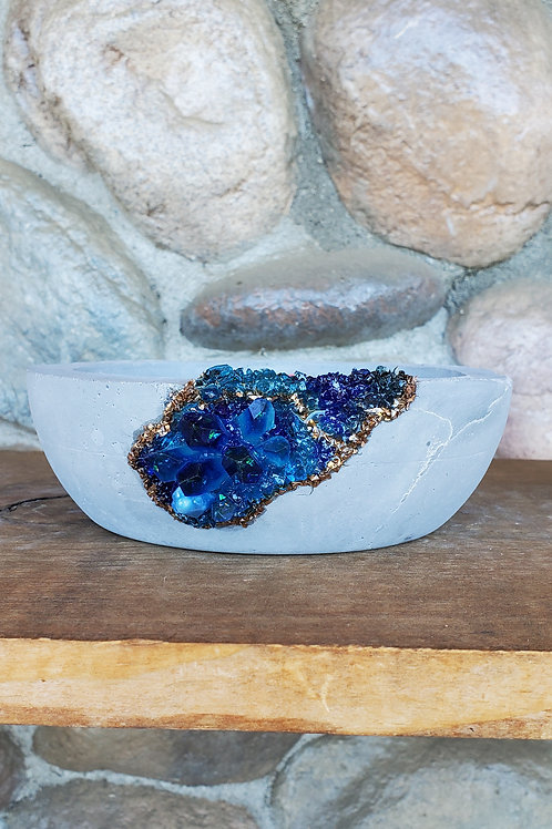 (#504) Ocean Sparkle LUXE Crystal Geode - Md.shallow bowl