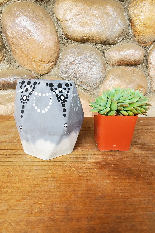 (#130) Geometric Dot Pot