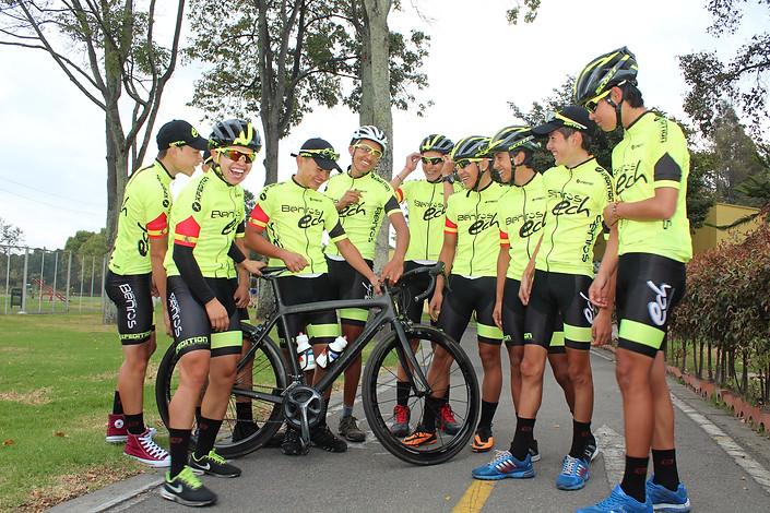 Noticias de Ciclismo (Comentarios) - II - Página 5 88ad87_b15d186f2b614aa7955a5489133d057e