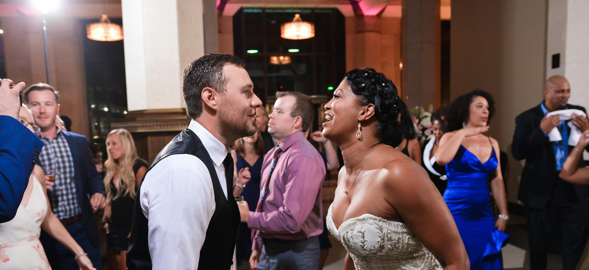best dallas wedding planners tina dannel serendipity events by tina bride groom dancing