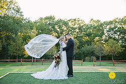 De_Young_07_Bride_+_Groom_409.jpg