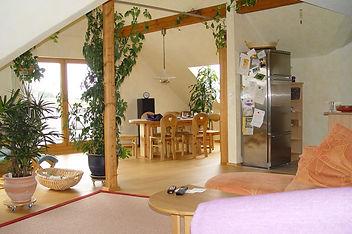 Wohnzimmer mit von Malerfachbetrieb Fliegner gestrichenen Wänden