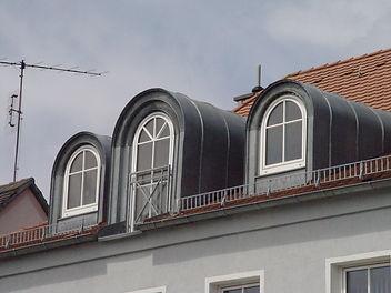 Von Cran Bäder-Wärme-Spenglerei-Schlosserei renovierte Gauben