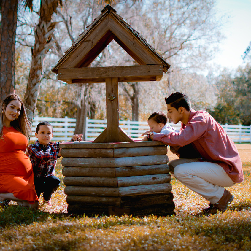 Farm Maternity Shoot