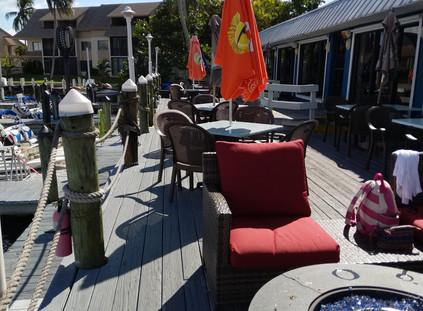 Nauti Parrot Dock Bar