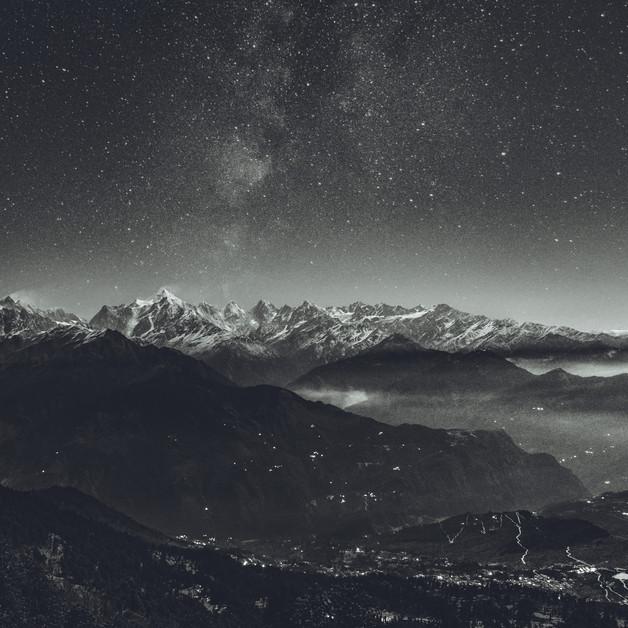 A starry night at Khaliya Top, Munsiyari, Pithoragarh.