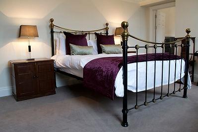 Hemswell_Court_Bedroom1.jpg
