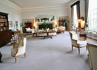 Private-Drawing-Room_723648_large.jpg
