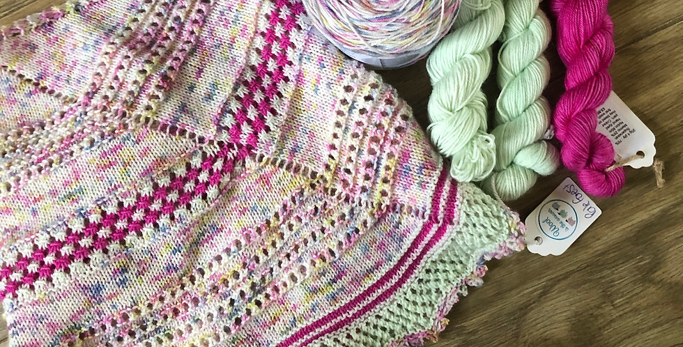 Harvest in the Wolds Knitted Shawl Shawl Set