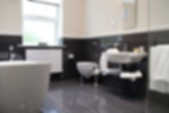 Hemswell_Court_Bathroom1.jpg