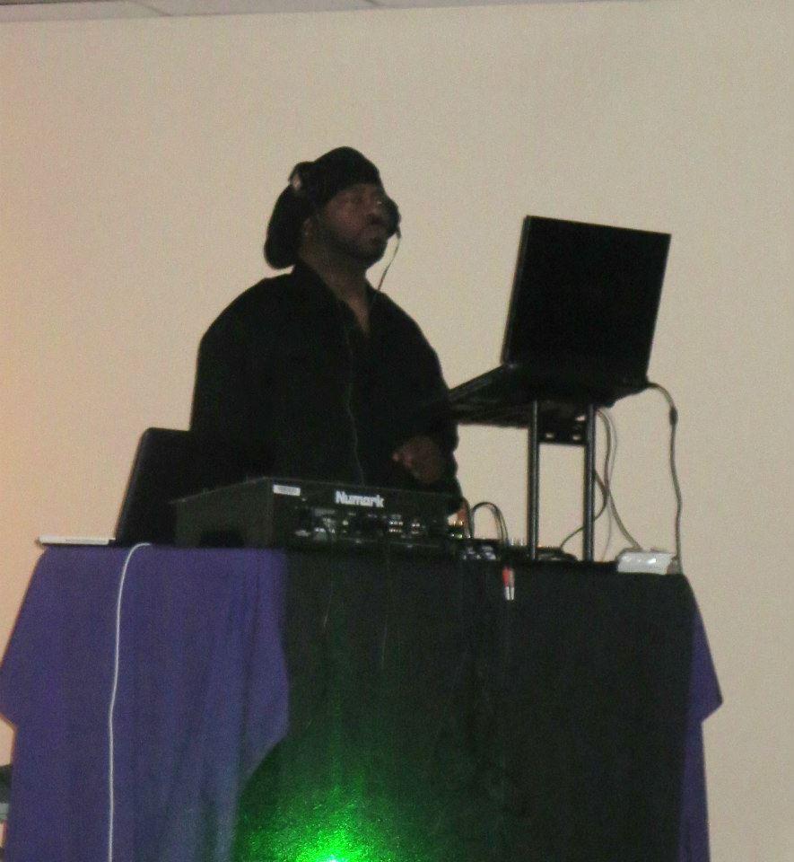 DJ Raven 3.jpg