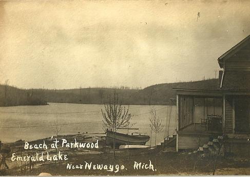 Parkwood Hotel Built 1901-1906.jpg