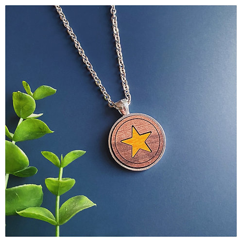 Star Inlay Pendant Necklace