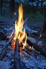 Feuer - elementar fürs Leben draussen! eigne Dir die Fertigket an ohne Feuerzeug Feuer zu machen - in meinen Kursen!