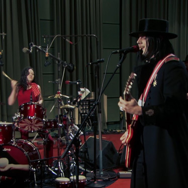 🎬 THE SALT 🎤 - The White Stripes - Live From The Basement 2005