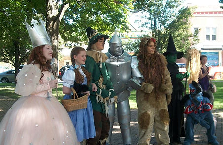 Th Spirit of Oz at the final Chesterton Oz Festival