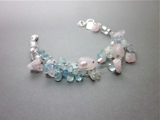 Beryl gemstone bracelet