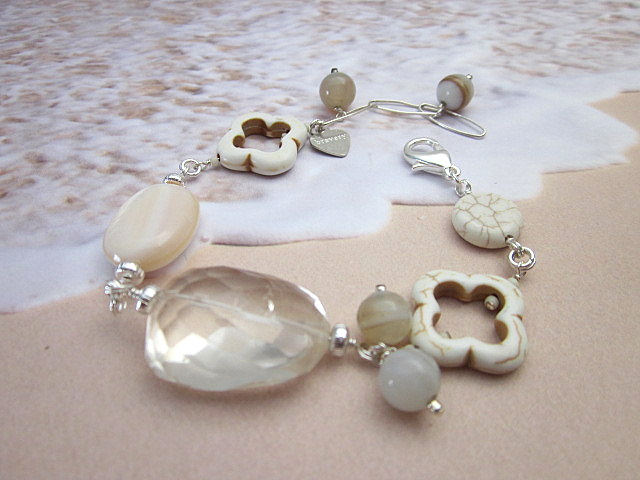white turquoise & quartz bracelet