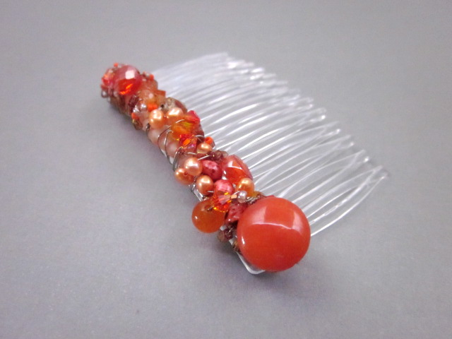 Carnelian beaded hair comb