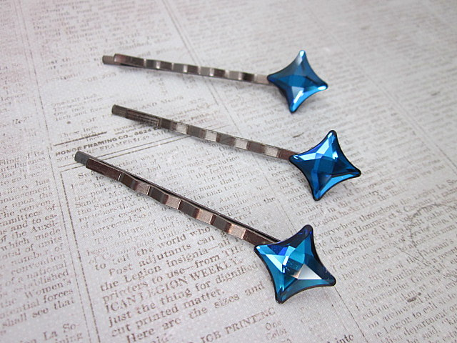 Swarovski Bermuda Blue hair pins