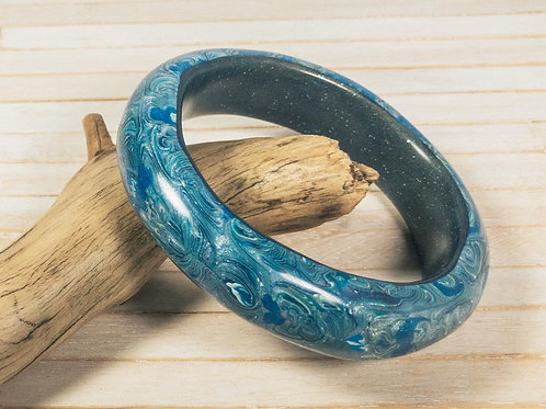 Chunky polymer clay bangle bracelet, sanded silky smooth. The beautiful blur pat