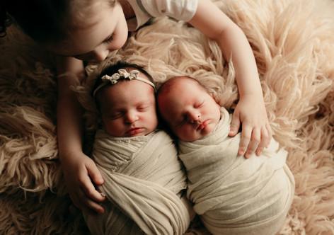 Newborn - Loni Bourne Photography-8 copy