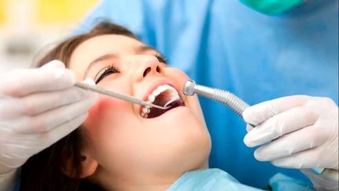 clinica-dental-valencia.jpg
