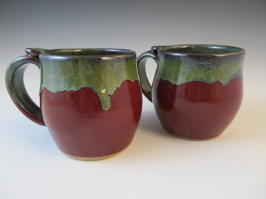 Mugs in Deep Red w/Seaweed Rim