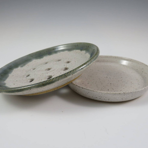 Two Part Draining Soap Dish in White W/Green Rim