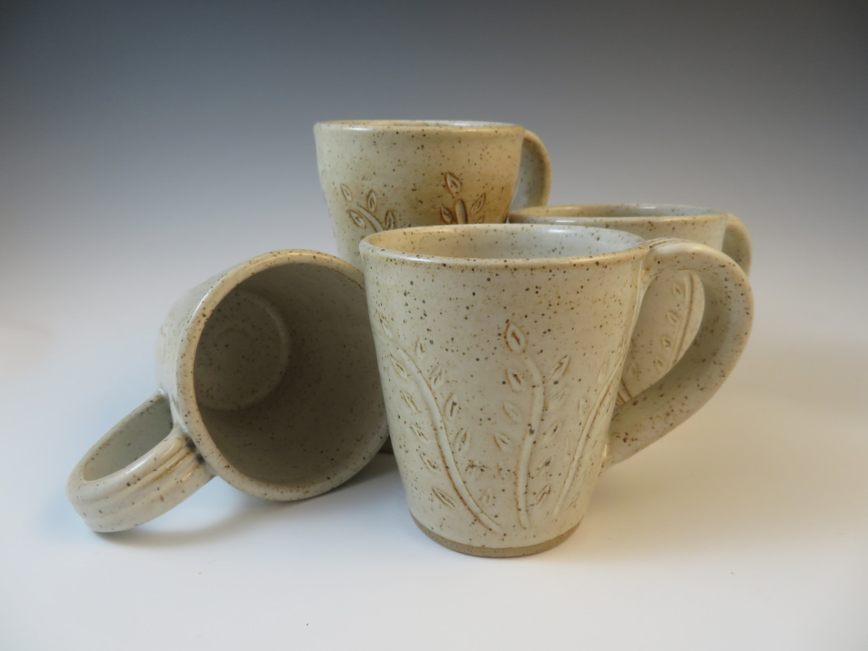 Mugs with Carved Vine in Vanilla