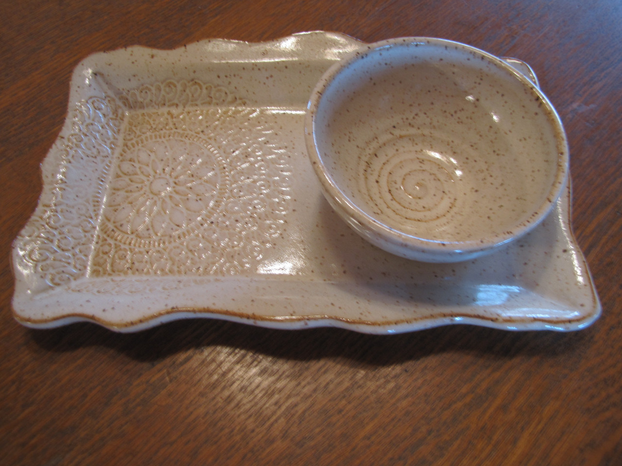 Serving Tray with Bowl in Vanilla
