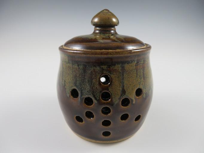 Garlic Pot in Mottled Brown