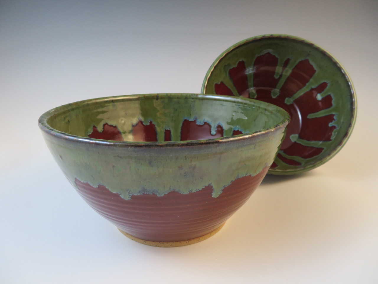 Serving Bowls in Deep Red with Green Rim