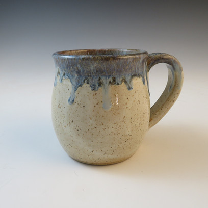 Mug in Vanilla Blue w/Blue Flowing Rim