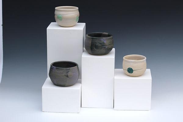 stand pots.jpg