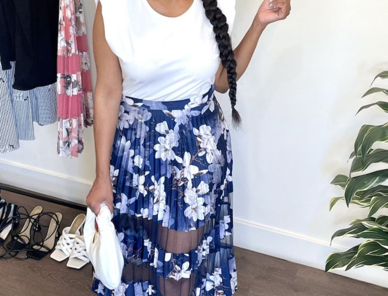 Lady Flowers Pleated and Mesh Skirt-Navy