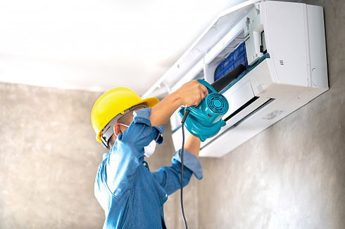 cleaning-maintenance-air-conditioner-wal
