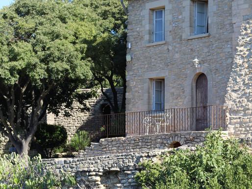Provencal Elopement in a luxurious Historic Castle