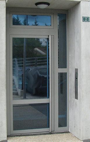 Porte immeuble ventouse paumelles SOONE