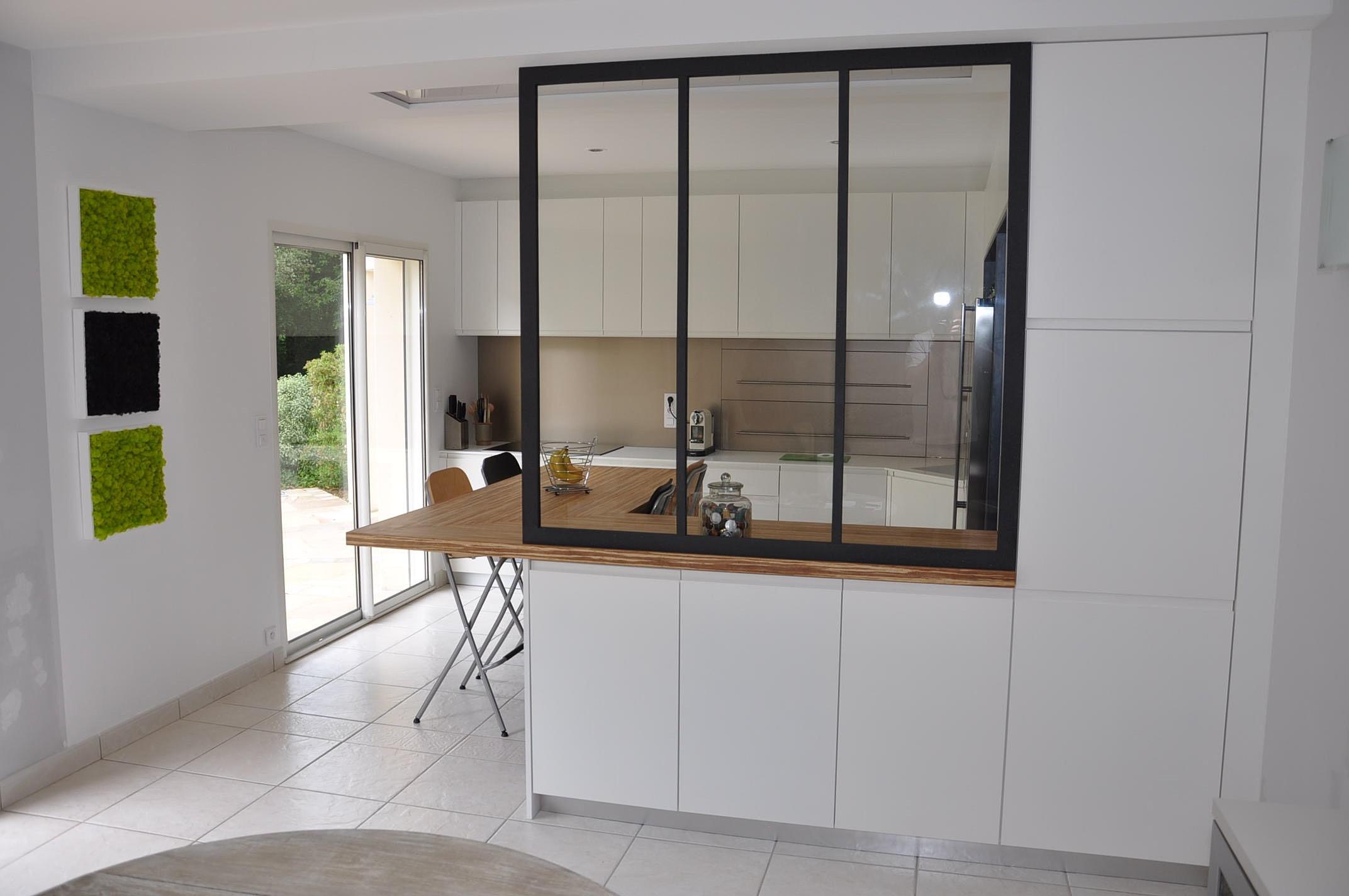 photo cuisine semi ouverte cuisine semiouverte avec. Black Bedroom Furniture Sets. Home Design Ideas