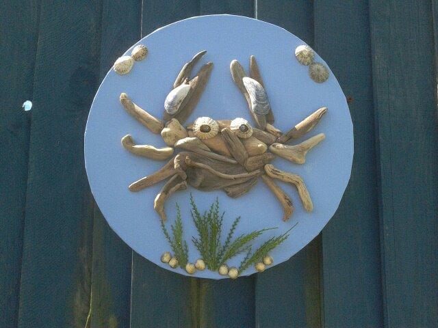 crab+on+canvas.jpg