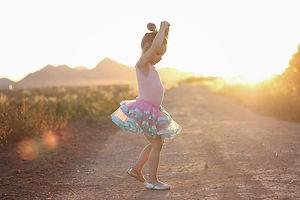 sunset litle girl .jpg