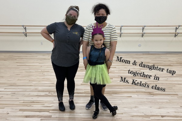 Mom & Daughter tapping together with Ms. Kelsi